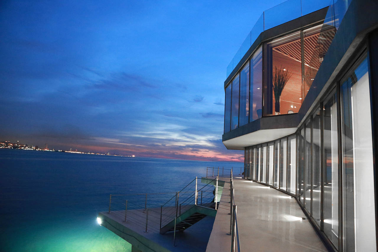 Calypso Residence, located in Jounieh Bay in Lebanon by SOMA Architects : Photo © SOMA Architects