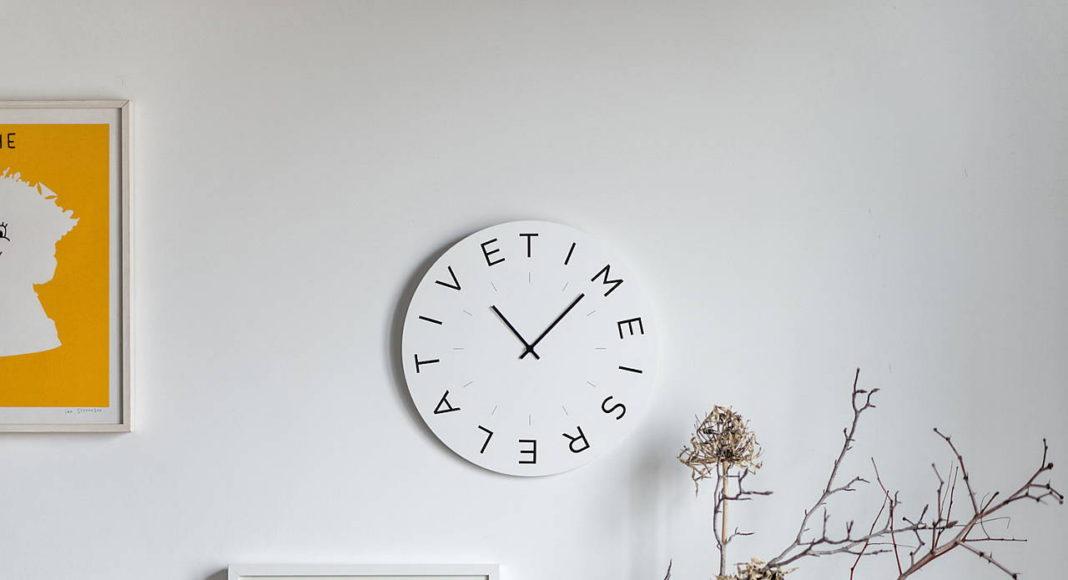 Mood Clocks Time es relative by Paula Design Studio : Photo © Matteo Cavalieri