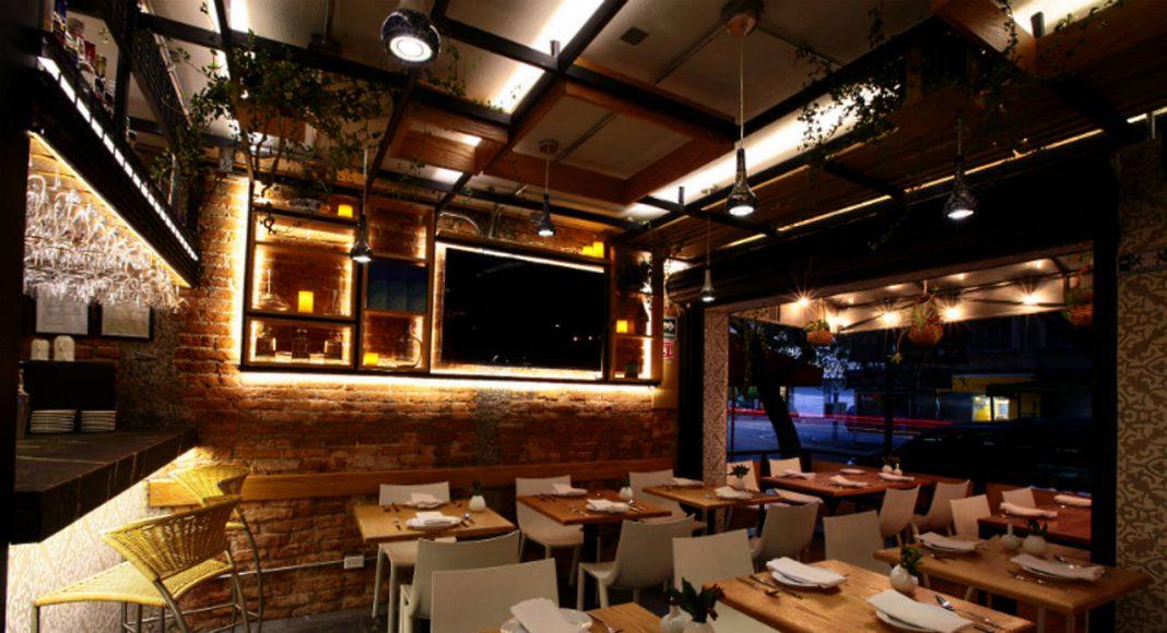 Restaurante Newton 105 diseñado por Código Z Arquitectos : Fotografía © Sófocles Hernández