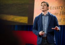 Michael Murphy: Arquitectura que se construye para sanar : Photo © TED Conferences LLC