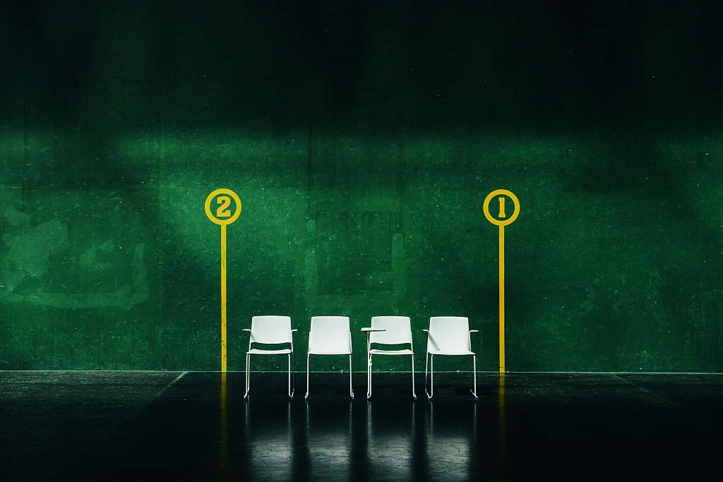 La nueva colección de asientos EMA : Fotografía © ENEA Design