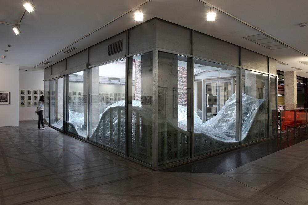 """Contextual installation in laminated glass ( 4 tons), 11x7x1,8m / Krupic Kersting - KUK - Cologne (DE) 2015 A proposal of the """"Amis de la maison rouge"""", Le Patio, Fondation Antoine de Galbert, Maison Rouge, Paris Photo credit: Courtesy © Galerie Patricia Dorfmann - Paris (FR)"""