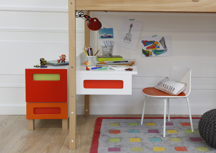La silla Lottus XS infantil en uso doméstico (habitación infantil) : Fotografía © ENEA