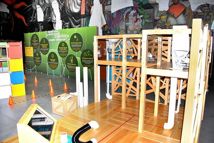"""Exposición Temporal """"Del piso al Techo"""" : Fotografía © Papalote Museo del Niño"""