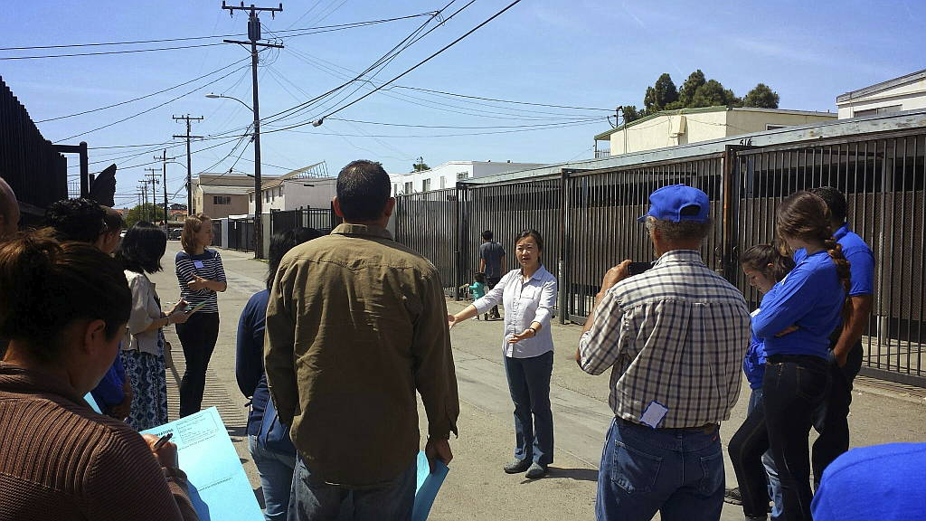 Oxnard Green Alleys Plan Social Engagement : Photo © SWA Group