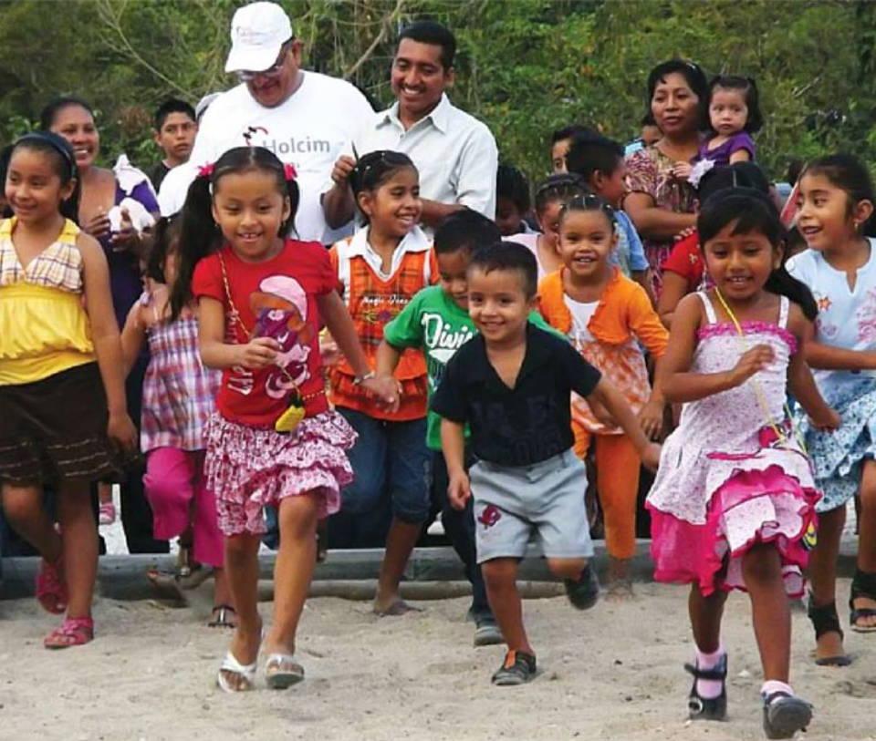 Respeto a los derechos humanos, condición indispensable para operar: Holcim México : Fotografía © Holcim México