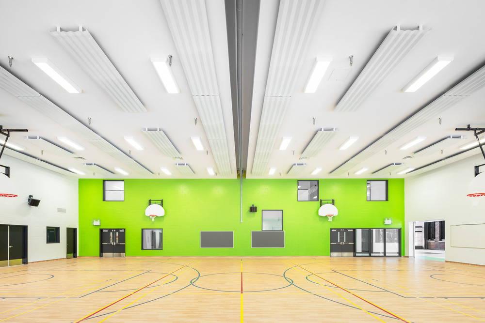 Barclay School Gymnasium by NFOE et associés architectes : Photo credit © Charles Lanteigne