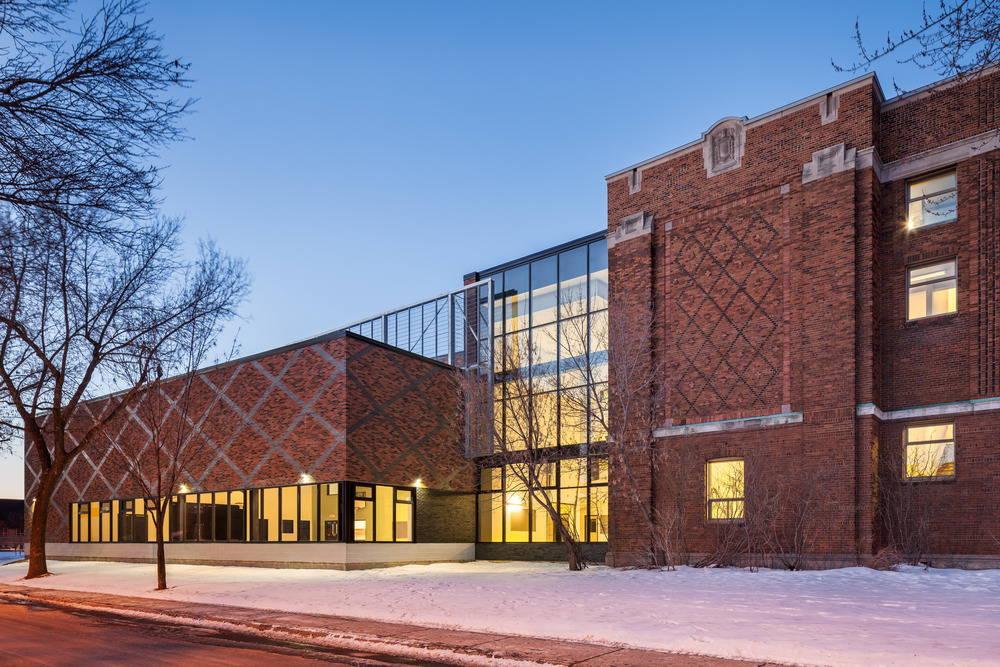 Barclay School West façade by NFOE et associés architectes : Photo credit © Charles Lanteigne