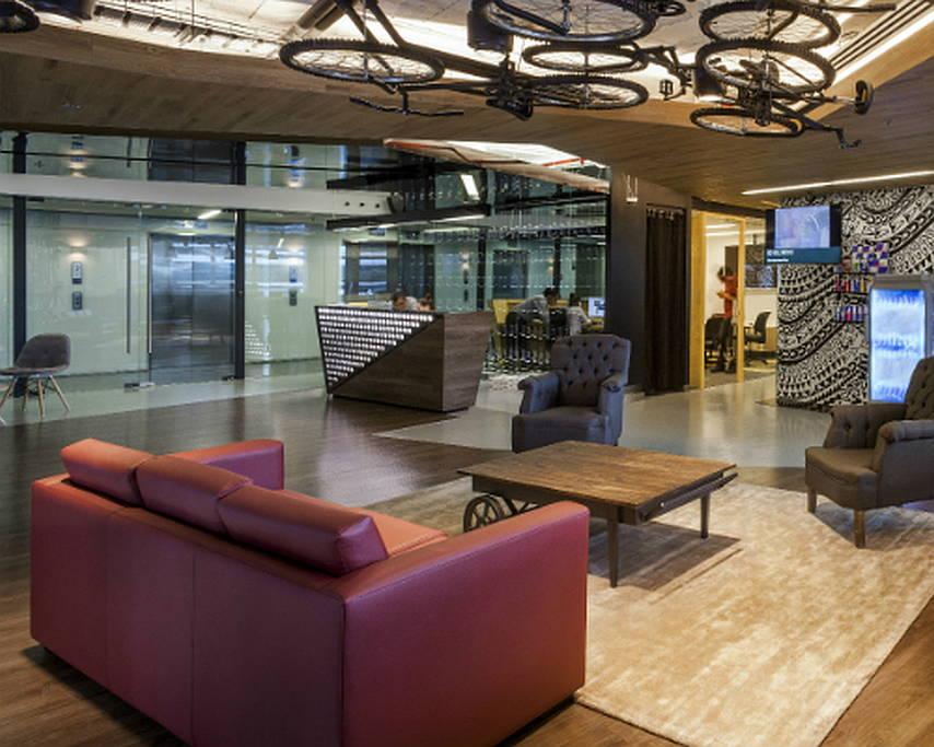 Red Bull México por SpAce Arquitectura Premio SBID International Design Awards 2015 : Fotografía © SpAce Arquitectura