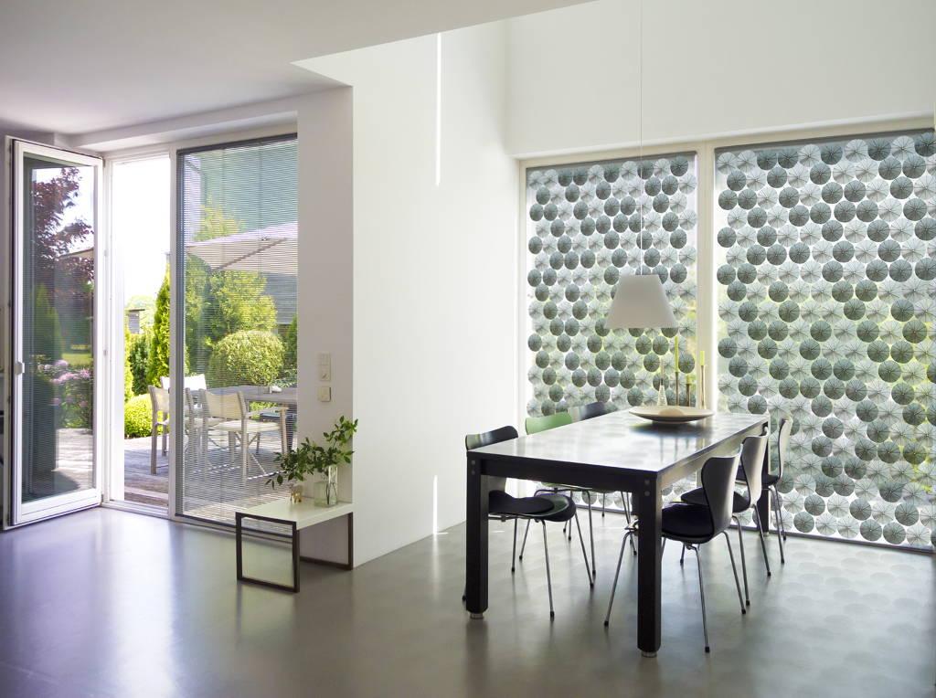 El elemento para fachadas opera utilizando aleaciones integradas con memoria de forma y no requieren fuentes externas de energía : Photo: © Wilm Ihlenfeld/Fotolia, Fraunhofer IWU