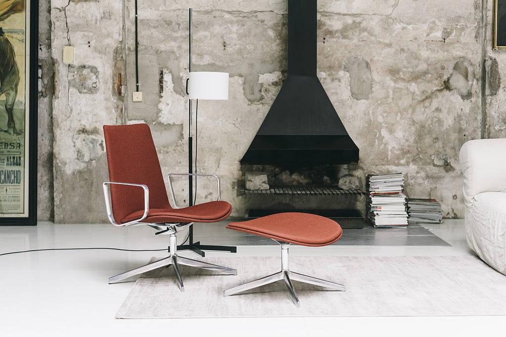 Lottus Lounge alta Ottoman : Fotografía © ENEA design