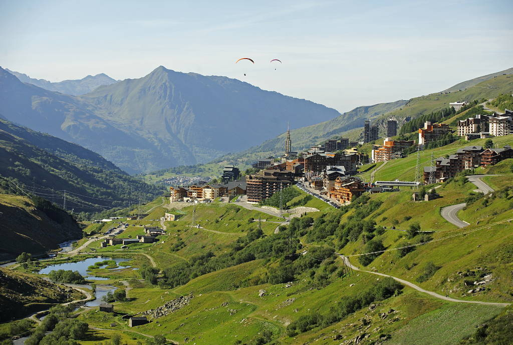 Les Menuires´ valley - Summer : Photo © ARCHtopics