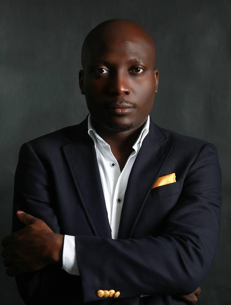 Kunlé Adeyemi : Portrait © Reze Bonna