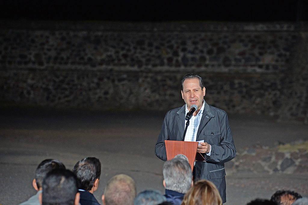 El gobernador del Estado de México, Eruviel Ávila Villegas Inaugura el espectáculo audiovisual Experiencia Nocturna, en Teotihuacán : Fotografía © FSM / Secretaría de Cultura de México