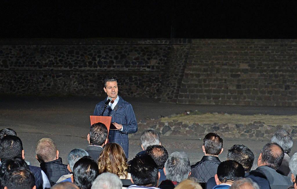 Inaugura el Presidente de la República el espectáculo audiovisual Experiencia Nocturna, en Teotihuacán : Fotografía © FSM / Secretaría de Cultura de México