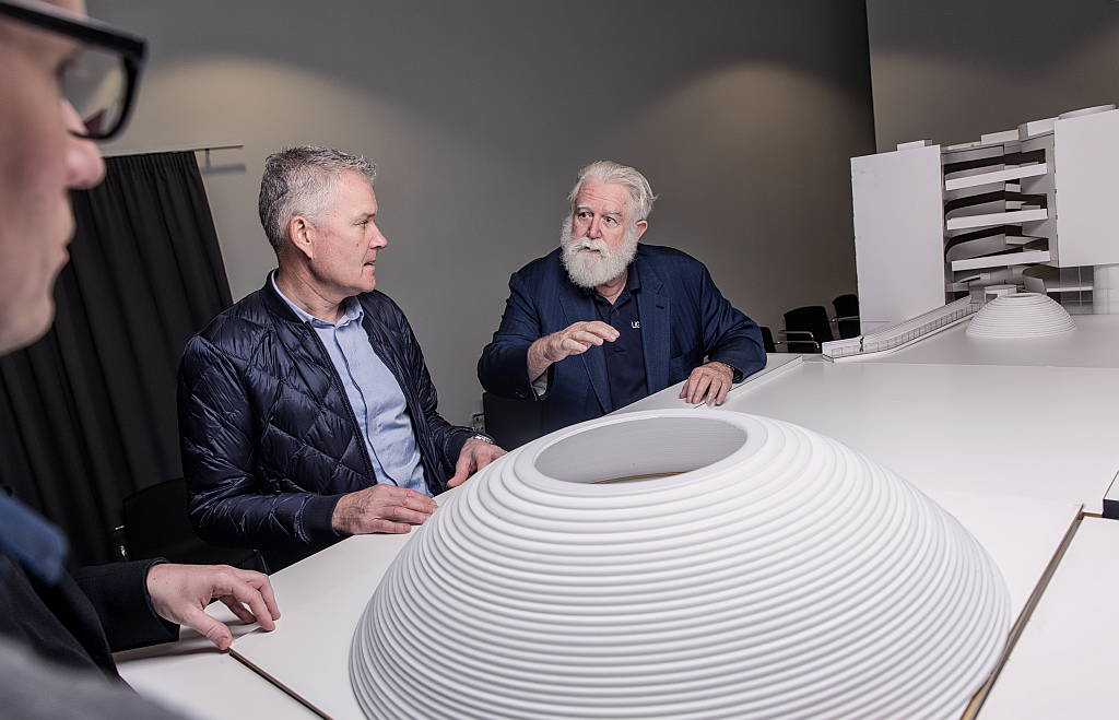 James Turrell og arkitekter fra Schmidt Hammer Lasssen diskuterer The Next Level : Photo © Morten Fauerby // Montgomery
