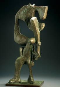 """Oswaldo Vigas, """"Amazona"""", 2012. Cast bronze, 29.92 x 12.59 x 9.44 inches : Fotografía cortesía de la © Fundación Oswaldo Vigas"""