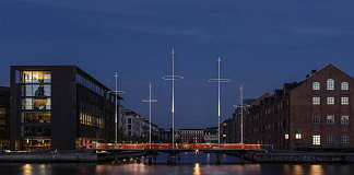 Olafur Eliasson Cirkelbroen, 2015 25 x 19.6 x 39.3 m Christianshavns Kanal, Copenhagen, 2015 : Photo: Anders Sune Berg, for Nordea-fonden A gift from Nordea-fonden to the city of Copenhagen © Olafur Eliasson
