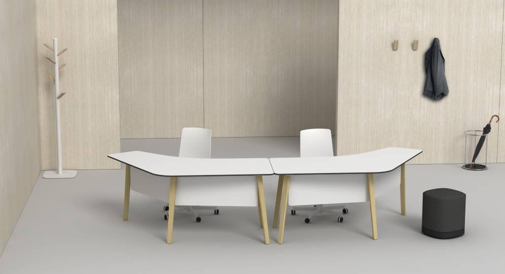 ENEA presenta mesa Lotus Wood en el Salone del Mobile Milán 2016 : Fotografía © ENEA Design