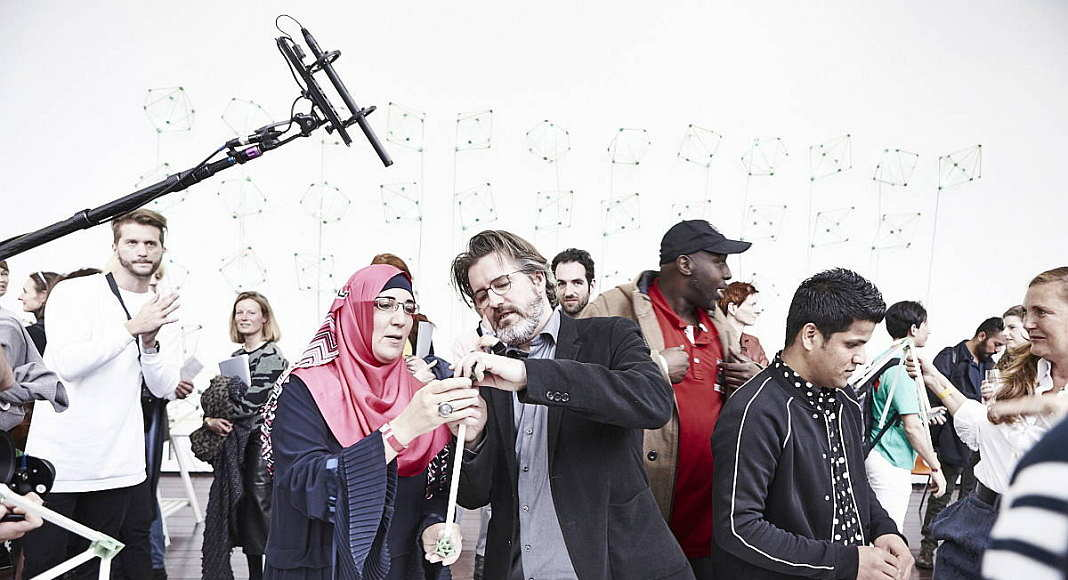 Olafur Eliasson Green light - An artistic workshop 15 acts of participation TBA21-Augarten, Vienna 2016 : Photo Sandro E.E. Zanzinger © Olafur Eliasson