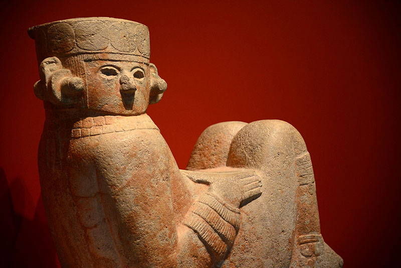 Escultura de Chac Mool. Chichén Itzá : Foto © Héctor Montaño INAH