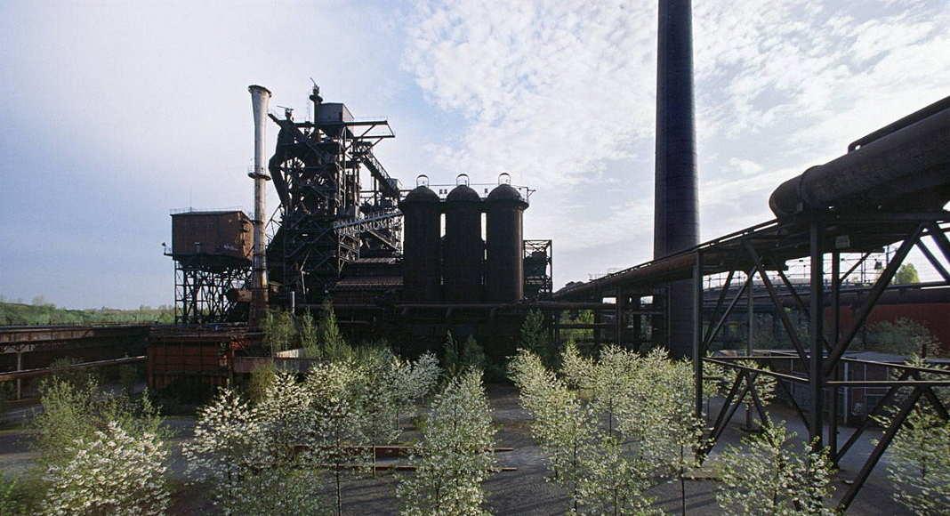 Landscape Park Duisburg Nord, Metamorphosis of the blast furnace plant Thyssen-Meiderich, 1990 - 2002 : Photo © Peter Schäfer