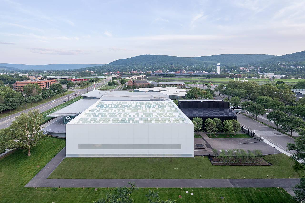 Vista de la Sala de Arte y Diseño Contemporáneo : Photo © Iwan Baan