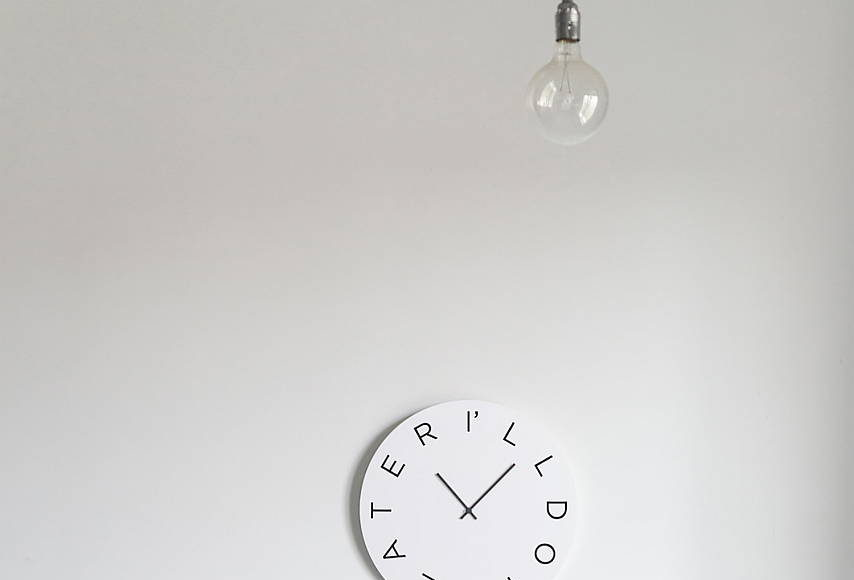 Mood Clocks I'll do it later by Paula Design Studio : Photo © Matteo Cavalieri