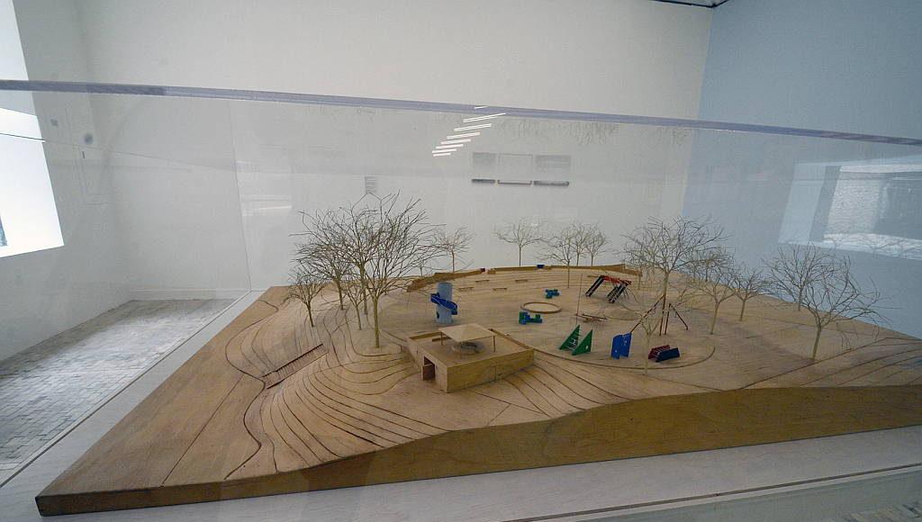 Se trata de la primera vez que en nuestro país se presentará la investigación que el escultor estadounidense de origen japonés realizó durante 50 años en materia de parques de juegos y espacio público : Fogtografía © FSM, cortesía de la Secretaría de Cultura de México