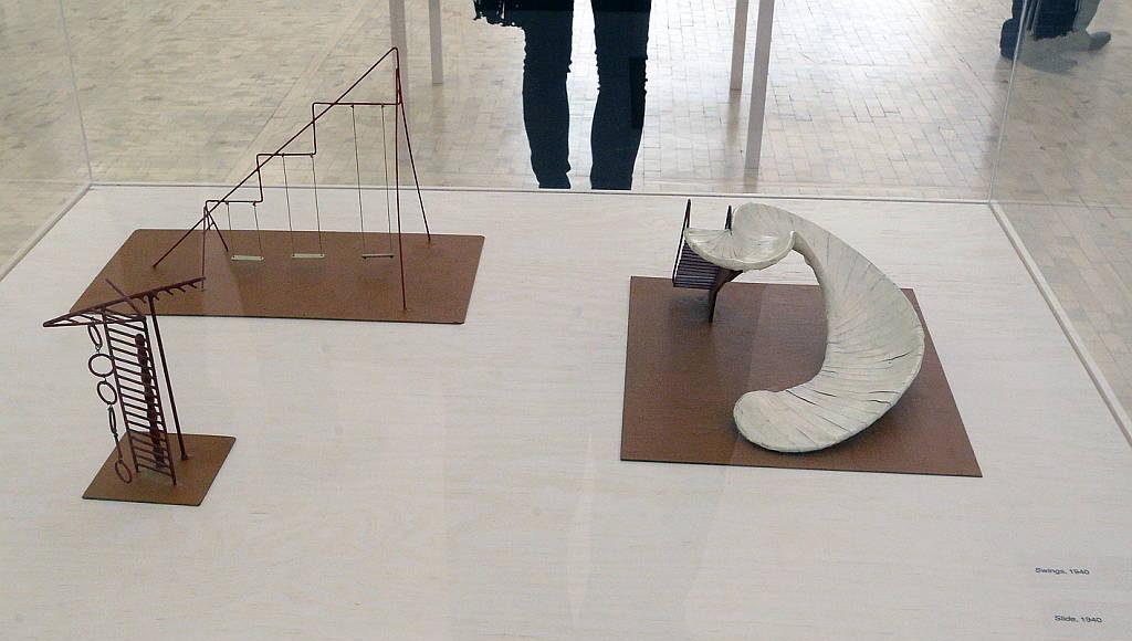 ... realizados con los diseños de Noguchi integran esta exposición que, bajo la curaduría de Manuela Moscoso, estará abierta al público hasta el 9 de octubre : Fogtografía © FSM, cortesía de la Secretaría de Cultura de México