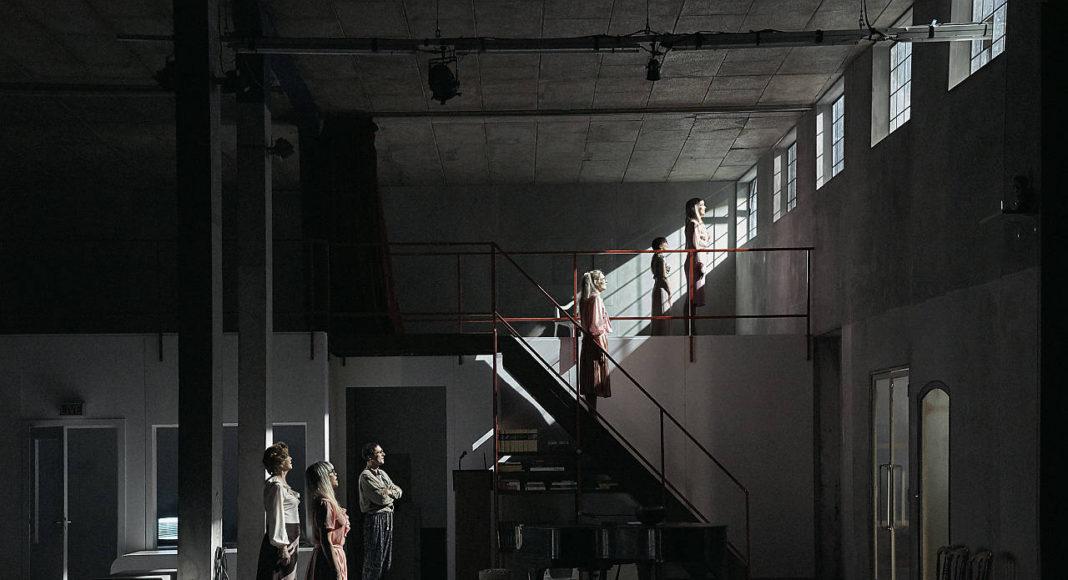 Christoph Marthaler: Tessa Blomstedt gibt nicht auf. : Photo © Walter Mair, Basel