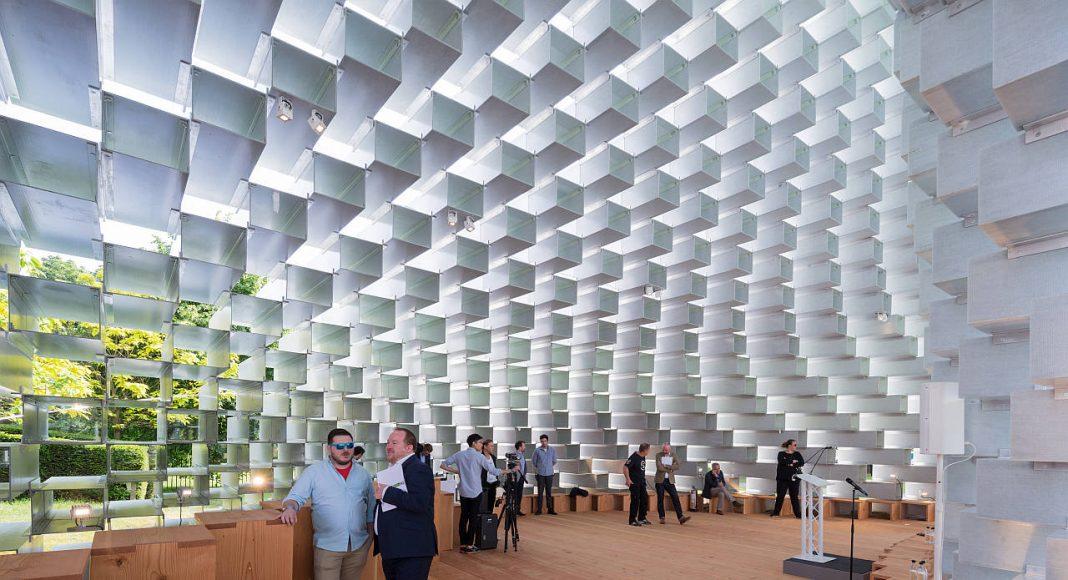 Serpentine Pavilion 2016 designed by Bjarke Ingels Group (BIG); (10 June – 9 October) : Photo © Iwan Baan