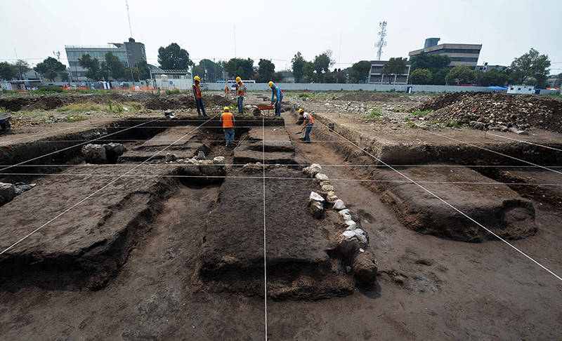 Aspecto del proceso de la excavación de las chinampas en Lorenzo Boturini : Foto © Archivo del proyecto DSA-INAH