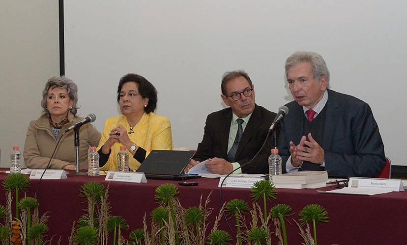Jorge Sánchez-Cordero, miembro del Consejo de Gobierno del Instituto Internacional para la Unificación del Derecho Privado : Foto © Héctor Montaño INAH