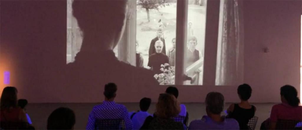 Pantalla Pabellón. Ciclo de cine en el Pabellón Mies van der Rohe : Fotografía © Fundació Mies van der Rohe