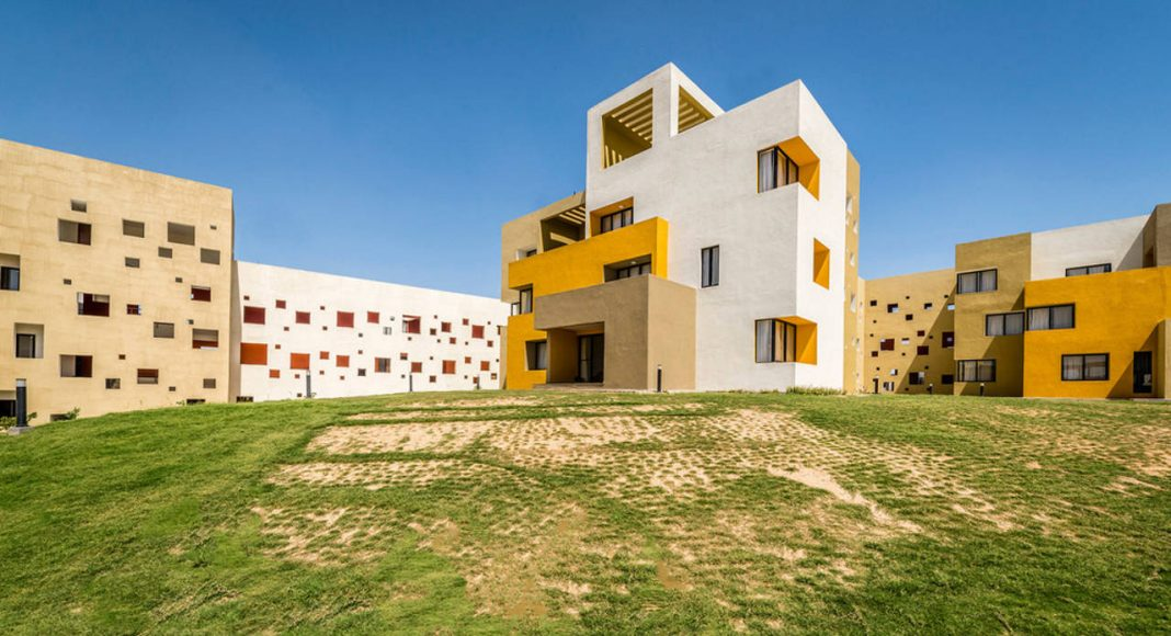 Studios 18 South West View - D & B Block by Sanjay Puri Architects : Photo credit © Vinesh Gandhi