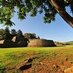 Zona Arqueológica de Tzintzuntzan, Michoacán : Foto © Héctor Montaño INAH