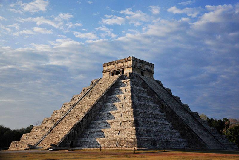 Zona Arqueológica de Chichén Itzá, Yucatán : Foto © Mauricio Marat INAH