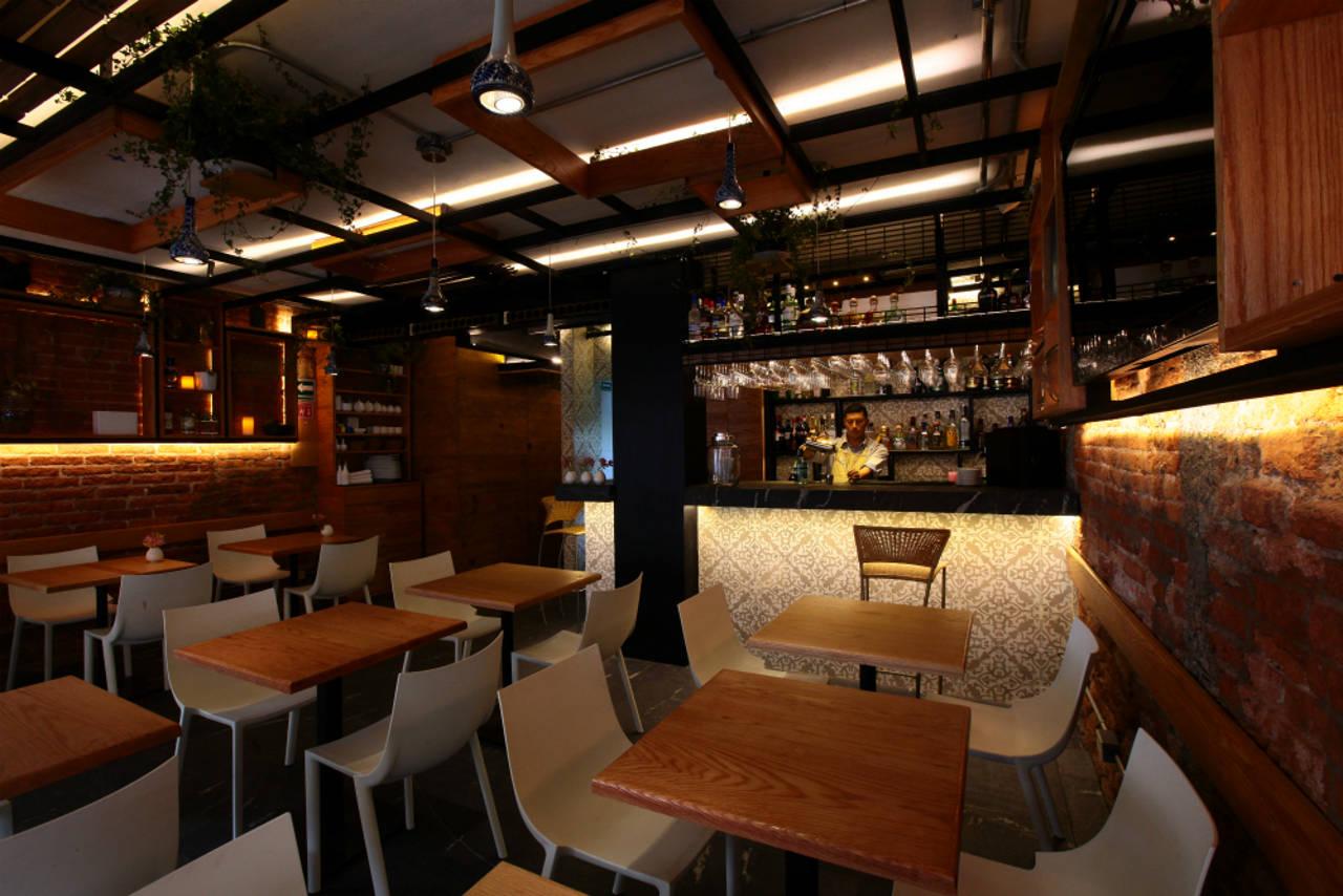Restaurante Newton 105 diseñado por Código Z Arquitectos: Fotografía © Sófocles Hernández