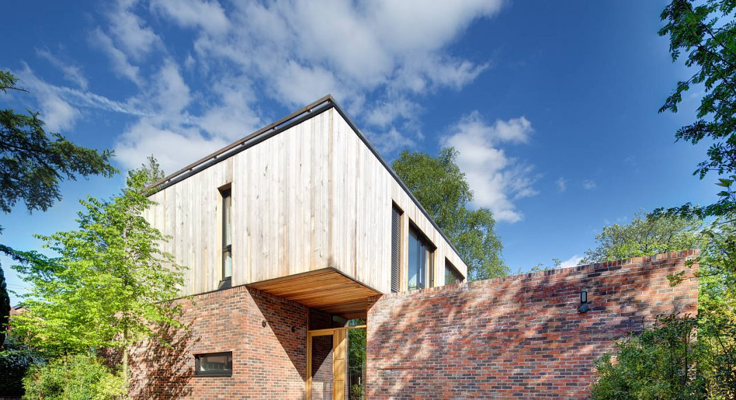 Private House 1109 by GA Studio Architects in Cheshire, England : Photo credit © Charlie Coleman