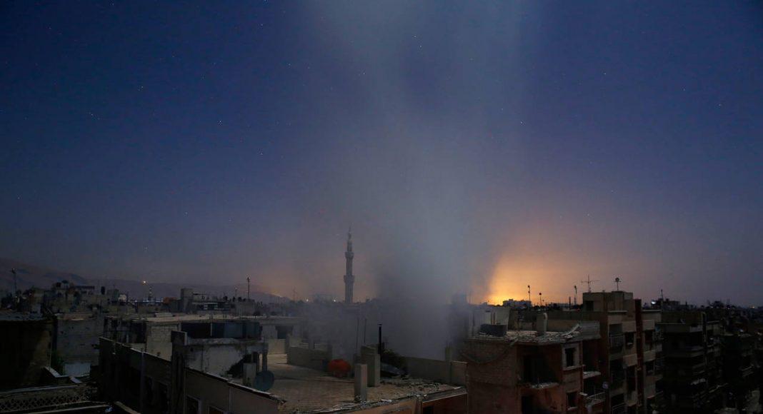 World Press Photo 16 Primer Premio / Historias en la Categoría Noticias de Actualidad : Photo © Sameer Al-Doumy Siria / France Press