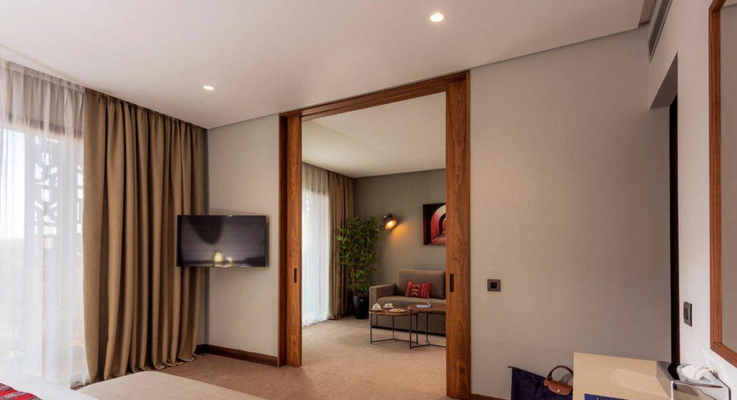 Radisson Blu Marrakech Junior Suite Living Room : Photo credit © Atelier Pod