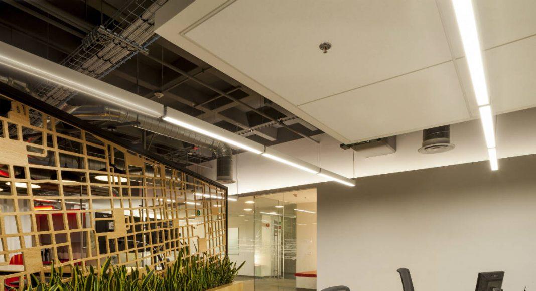 Corporativo de Estafeta en la Ciudad de México por Space Arquitectura : Fotografía © Paul Czitrom