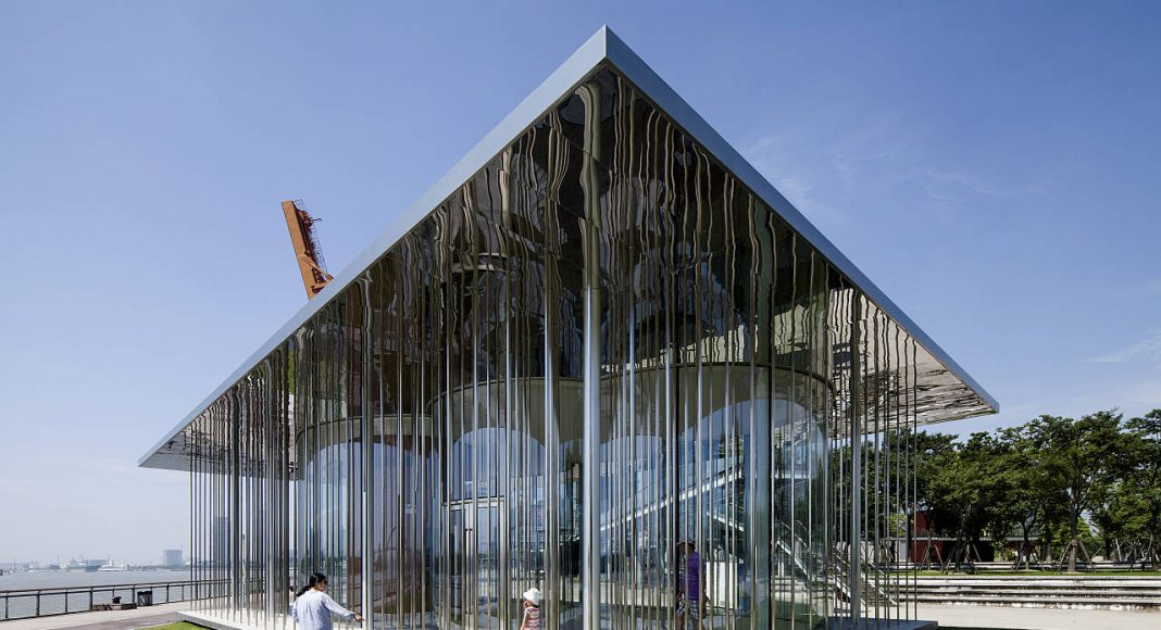 The Cloud Pavilion in Shanghai by Schmidt Hammer Lassen Architects : Photo credit © Peter Dixie