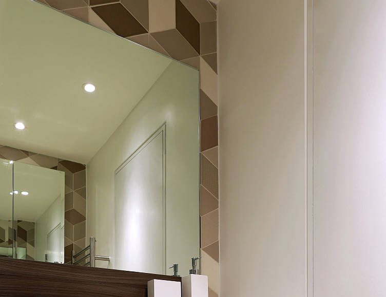 AFTER Southwood First Floor Shower Room by LLI Design : Photo © Alex Maguire