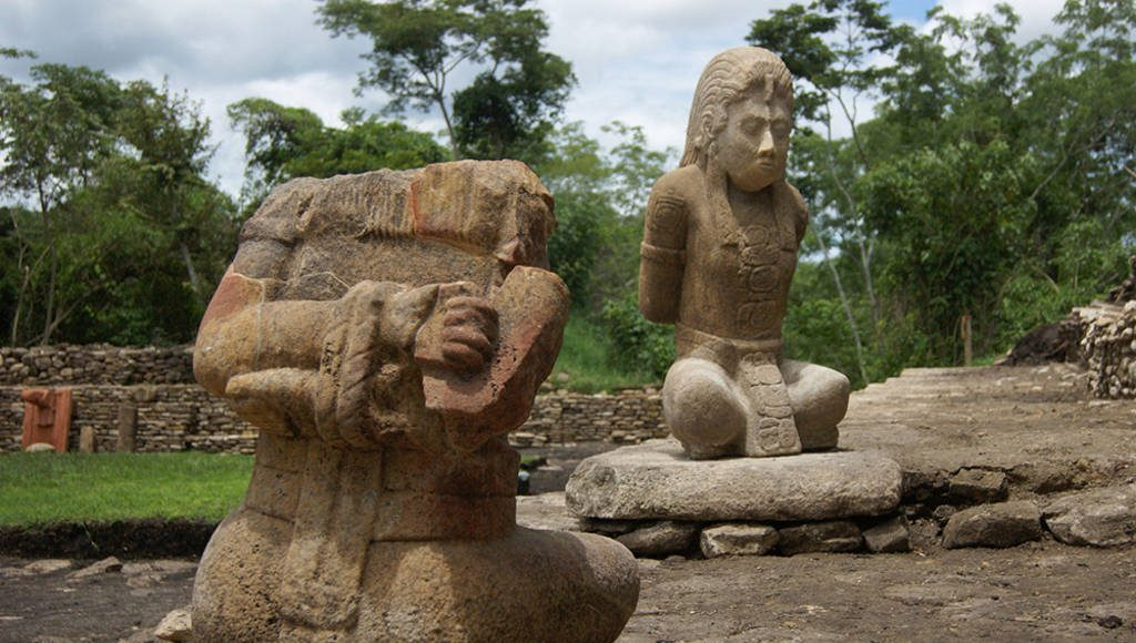 Esculturas de cautivos fueron hechas durante crisis de las grandes urbes mayas : Foto © Mauricio Marat INAH