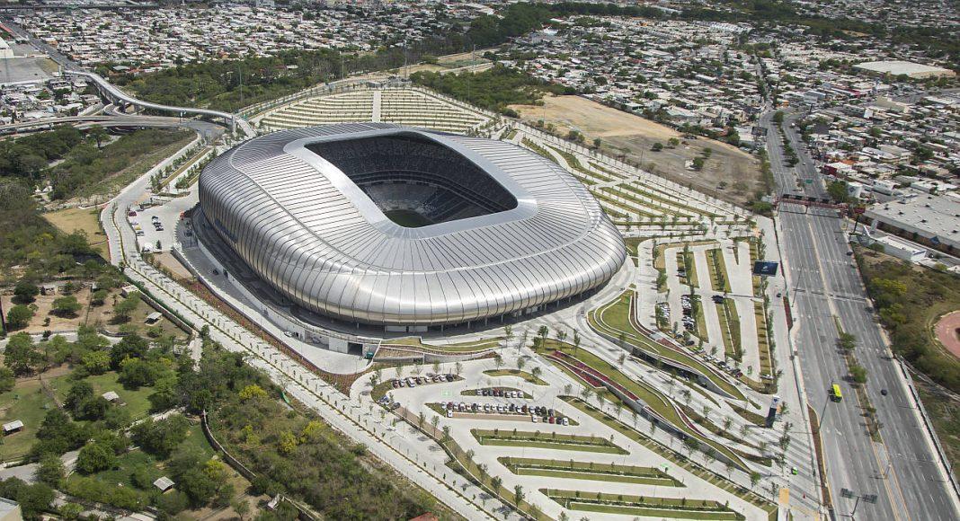 Estadio de Futbol BBVA Bancomer, Guadalupe, Nuevo León : Fotografía © Jorge Taboada, cortesía de © Premio Obras Cemex