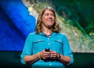 Sarah Parcak: Buscando civilizaciones perdidas en Perú — con satélites : Photo courtesy of © TED Conferences