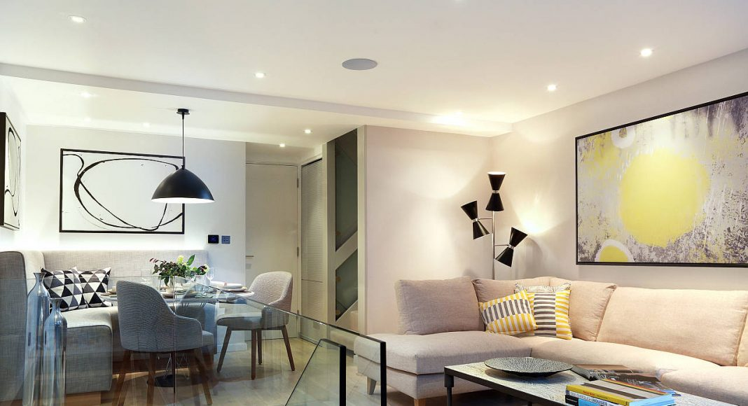AFTER Southwood Upper Ground Floor Living Room by LLI Design : Photo credit © Alex Maguire