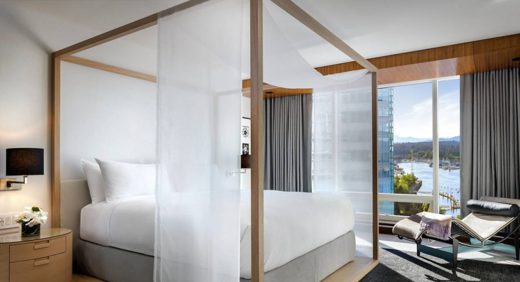 Fairmont Pacific Rim - Owner's Suite Master Bedroom : Photo credit © Fairmont Pacific Rim